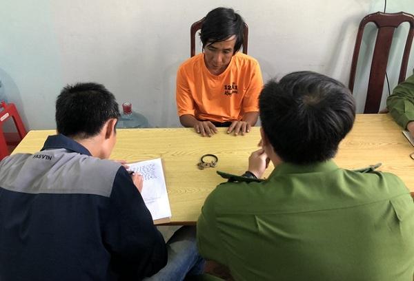 Vụ 2 người thương vong trước cửa UBND huyện ở Đắk Nông: Bắt giữ nghi phạm - Ảnh 1
