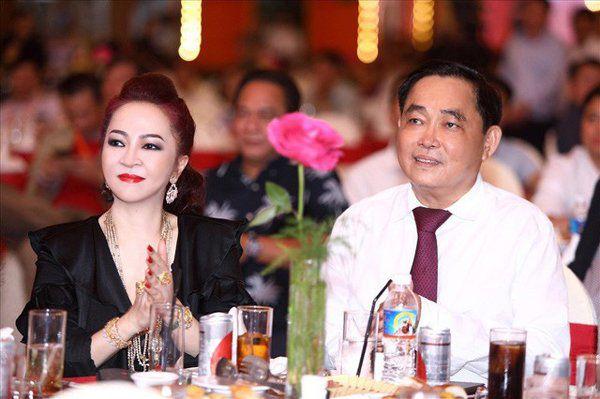 Những bóng hồng quyền lực chèo lái doanh nghiệp đình đám tại Việt Nam - Ảnh 4