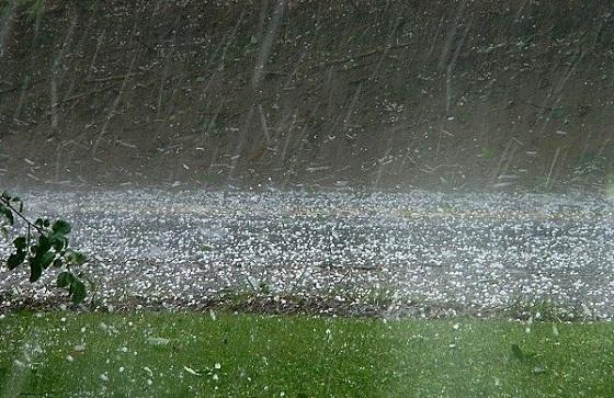 Tin tức dự báo thời tiết mới nhất hôm nay 5/4: Cảnh báo lốc, sét, mưa đá, gió giật mạnh ở khu vực vùng núi Bắc Bộ - Ảnh 1