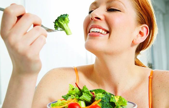 Những sai lầm cực kỳ nguy hiểm khi chế biến rau xanh mà nhiều bà nội trợ mắc phải - Ảnh 1