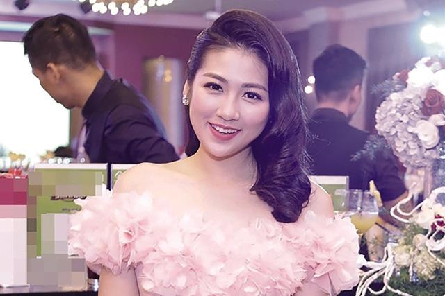 Tin tức giải trí mới nhất ngày 14/8/2019: Việt Trinh tiết lộ lý do không dám lấy chồng - Ảnh 2