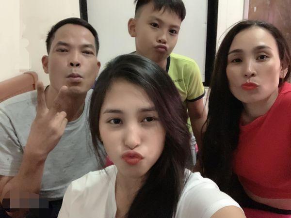 Hoa hậu Trần Tiểu Vy: Đã có lúc tưởng mất tất cả, chán nản không muốn sống - Ảnh 2