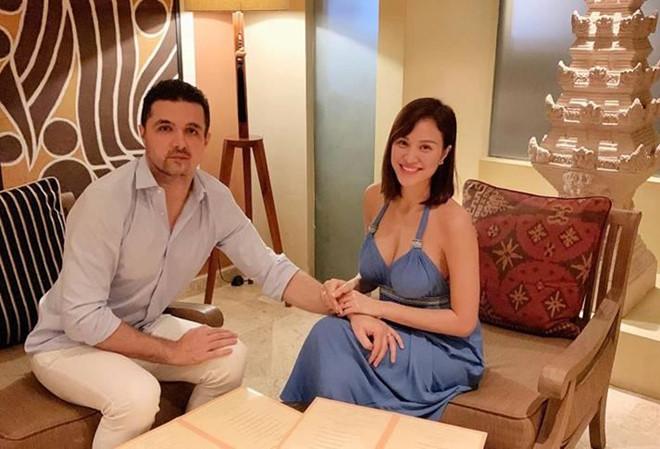 MC Phương Mai bất ngờ đăng ảnh khoe bụng bầu hơn 5 tháng - Ảnh 2