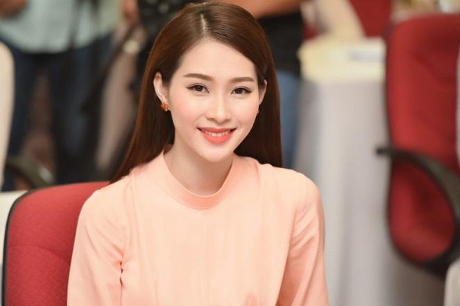 """Hoa hậu Đặng Thu Thảo: Nàng Lọ Lem giữa đời thực và gia thế """"khủng"""" của người chồng tài năng - Ảnh 1"""