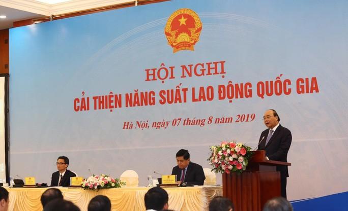 Thủ tướng: Muốn nông nghiệp phát triển, Việt Nam cần có 100 bà Thái Hương, 100 bà Kiều Liên - Ảnh 1