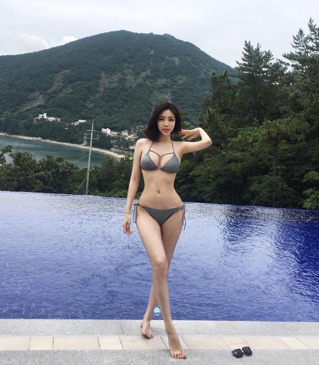 Ngắm vẻ đẹp nóng bỏng của mỹ nữ phũ phàng từ chối 700 tỷ từ đại gia - Ảnh 9