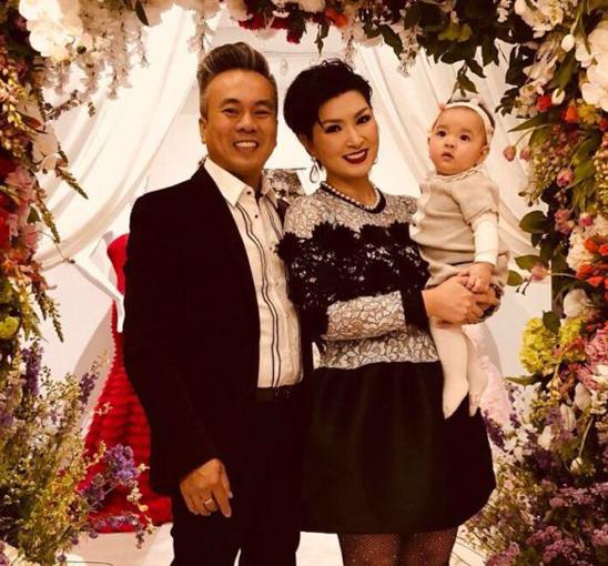 Ca sĩ Nguyễn Hồng Nhung chia tay bạn trai Việt kiều sau 4 năm chung sống - Ảnh 1