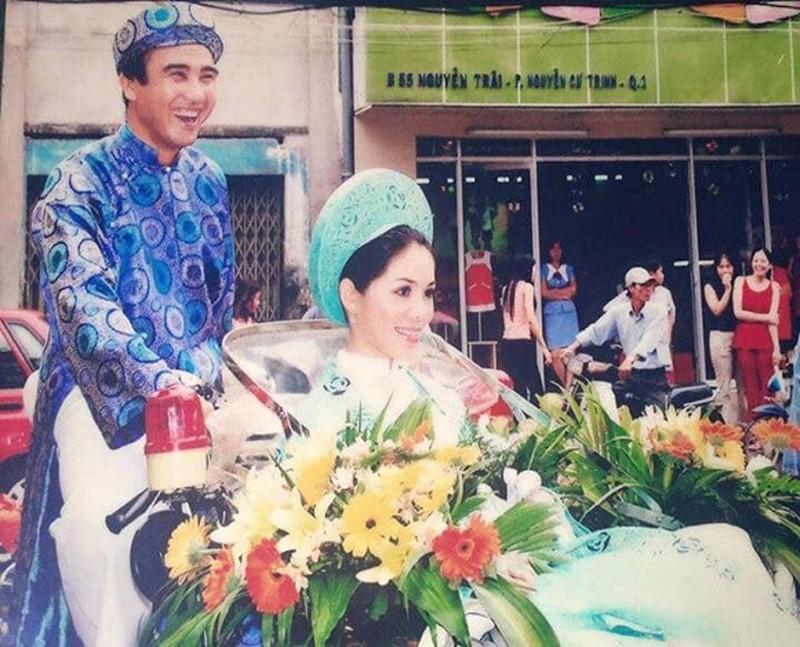 Tin tức giải trí mới nhất ngày 22/9: Trịnh Kim Chi khoe ảnh cưới cũ, bà xã Quyền Linh chia sẻ kỷ niệm vui cùng chồng - Ảnh 2