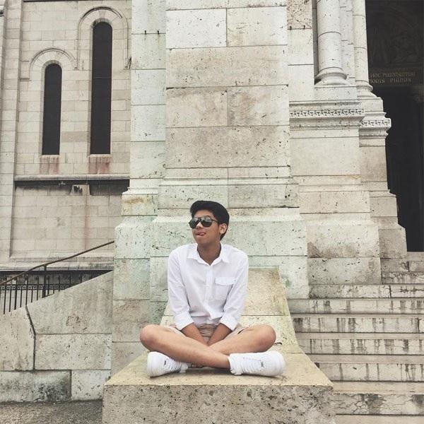 """Em chồng Tăng Thanh Hà gây """"sốt"""" với bức ảnh đời thường chụp ở London - Ảnh 4"""