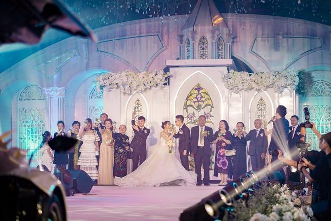 """Dàn sao Việt """"đổ bộ"""" tham dự đám cưới """"ái nữ"""" đại gia Minh Nhựa  - Ảnh 1"""