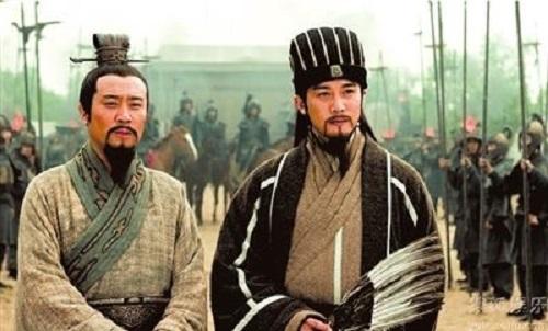 Tam Quốc Diễn Nghĩa: Vì sao Lưu Bị đánh trận không thiếu lương thảo còn Gia Cát Lượng thì ngược lại? - Ảnh 1
