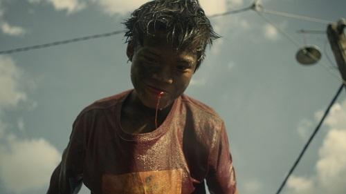 Tin tức giải trí mới nhất ngày 16/10: Đạo diễn Quang Dũng xấu hổ khi bạn quốc tế hỏi về kiểm duyệt phim ở VN - Ảnh 1