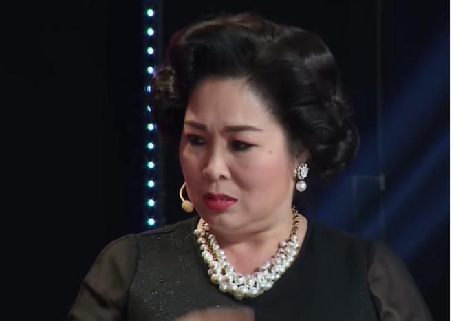 Tin tức giải trí mới nhất ngày 7/10: Hồng Vân sợ đến 75 tuổi không còn ai mời show - Ảnh 1