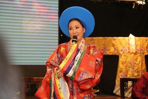 """Tin tức giải trí mới nhất ngày 10/11: Sao Việt """"quên mình"""" trong siêu đám cưới Đông Nhi - Ông Cao Thắng - Ảnh 3"""