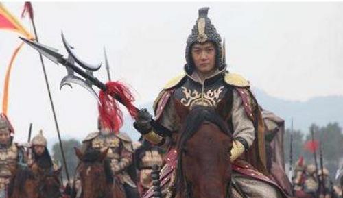 4 chủ nhân của thần binh Phương Thiên Họa Kích: Lữ Bố chỉ đứng thứ 2, người thứ nhất dũng mãnh vô song - Ảnh 5