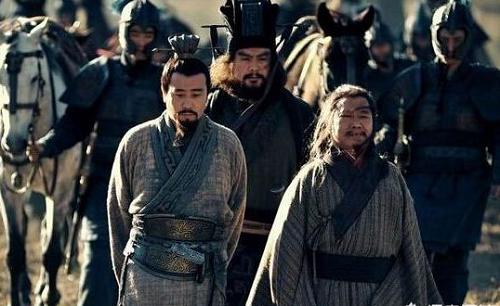 Tam Quốc: Lưu Bị đã có thể phục hưng Hán Thất nếu không bỏ lỡ những cơ hội này - Ảnh 4