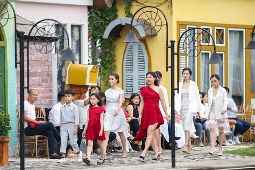 Tuần lễ Thời trang Trẻ em Việt Nam: Tình mẫu tử lên ngôi - Ảnh 2