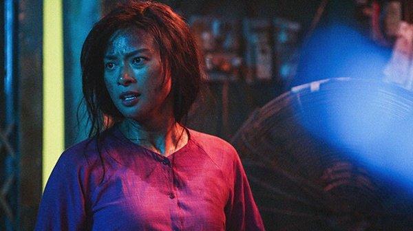 """Tin tức giải trí mới nhất ngày 18/12: Thanh Hằng chia sẻ về cảnh nóng với Chi Pu trong """"Chị chị em em"""" - Ảnh 2"""