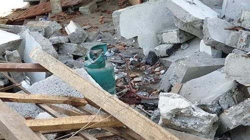 Nghệ An: Nổ lớn tại nhà riêng khiến 1 người chết và 2 người bị thương nặng - Ảnh 2