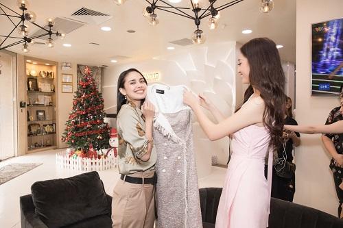 Hoa hậu thế giới 2013 Megan Young thích thú thưởng thức phở và trà đá vỉa hè ở Việt Nam - Ảnh 4