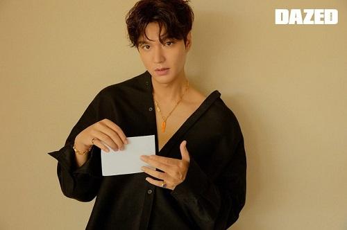 Lee Min Ho trở lại với hình ảnh quyến rũ và trưởng thành, trải lòng về cú sốc tuổi 20 - Ảnh 5