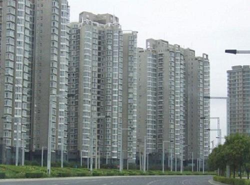 """Những dự án hiện đại bỗng biến thành """"thành phố ma"""" hoang vu lạnh lẽo ở Trung Quốc - Ảnh 5"""