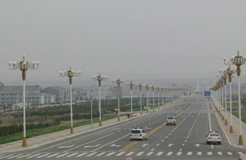 """Những dự án hiện đại bỗng biến thành """"thành phố ma"""" hoang vu lạnh lẽo ở Trung Quốc - Ảnh 6"""