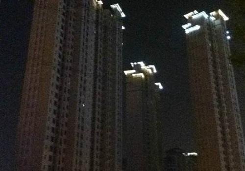 """Những dự án hiện đại bỗng biến thành """"thành phố ma"""" hoang vu lạnh lẽo ở Trung Quốc - Ảnh 14"""
