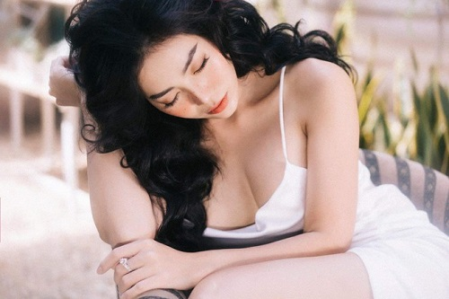 """Vẻ đẹp nóng bỏng của diễn viên Thanh Hương từ chối """"lời gạ gẫm"""" nghìn đô - Ảnh 4"""