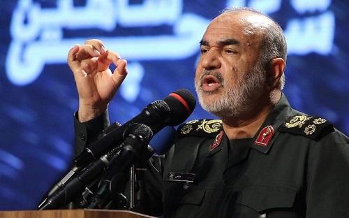 Tướng Iran lên tiếng xin lỗi, cảm thấy xấu hổ vì bắn nhầm máy bay Ukraine khiến 176 người thiệt mạng - Ảnh 1
