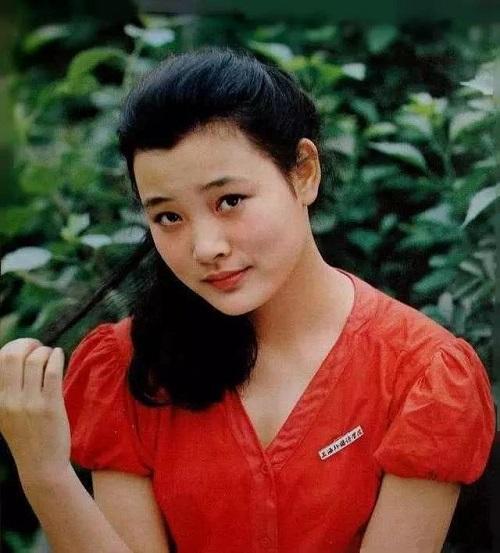Nữ diễn viên đóng Quan Âm Bồ Tát trong Tây Du Ký gây bức xúc vì bỏ rơi con nuôi - Ảnh 2