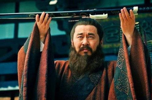 Tam Quốc: Xếp hạng các thế lực cát cứ hùng mạnh nhất thời kỳ cuối Đông Hán, Tào Tháo chỉ đứng thứ 4 - Ảnh 2