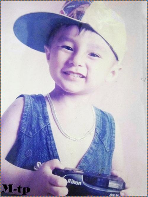 Tin tức giải trí mới nhất ngày 28/1: Sơn Tùng M-TP khoe ảnh đáng yêu từ nhỏ - Ảnh 2