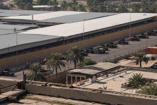 Căng thẳng Mỹ - Iran: Đại sứ quán Mỹ hối thúc công dân rời khỏi Iraq - Ảnh 1