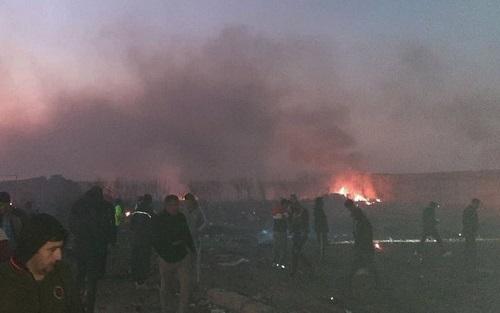 Vụ thảm kịch rơi máy bay 176 người ở Iran: Nghi vấn do trục trặc kĩ thuật - Ảnh 1