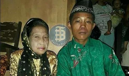 Chàng trai 16 tuổi cưới cụ bà u70, thường nhốt vợ ở nhà vì sợ bị người khác cướp mất - Ảnh 1
