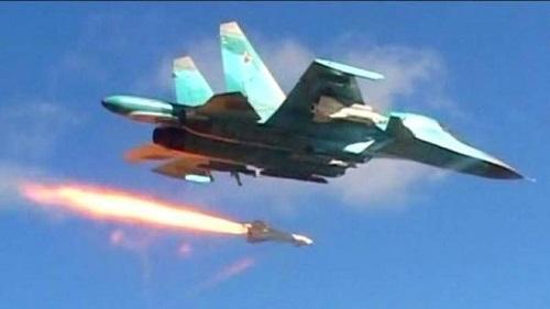 Tình hình chiến sự Syria mới nhất ngày 25/10: Nga dội tên lửa vào điểm buôn lậu dầu của phiến quân - Ảnh 1