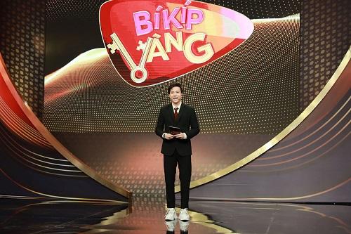 """Lấn sân sang làm MC gameshow, S.T Sơn Thách đem cả """"vựa muối"""" đến cho khán giả - Ảnh 1"""