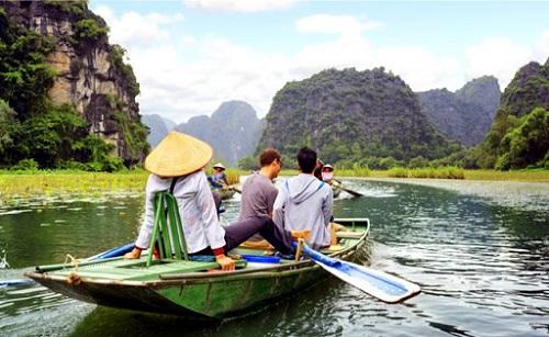 Lại phục hồi du lịch Việt Nam: Lãnh đạo quyết tâm, doanh nghiệp kêu khó - Ảnh 1