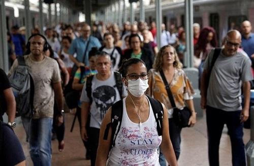 """Dịch COVID-19 ngày 30/10: Thế giới trải qua ngày """"siêu lây nhiễm"""" với hơn nửa triệu ca nhiễm mới - Ảnh 1"""