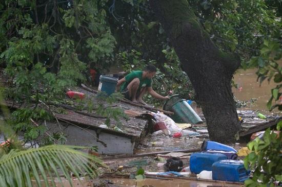Đổ bộ vào Phillippines, bão Vamco trở thành cơn bão tang tóc nhất năm 2020 - Ảnh 4