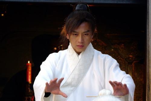 Kiếm hiệp Kim Dung: 5 cao thủ không sợ độc, người đứng đầu lại không mê luyện võ - Ảnh 2