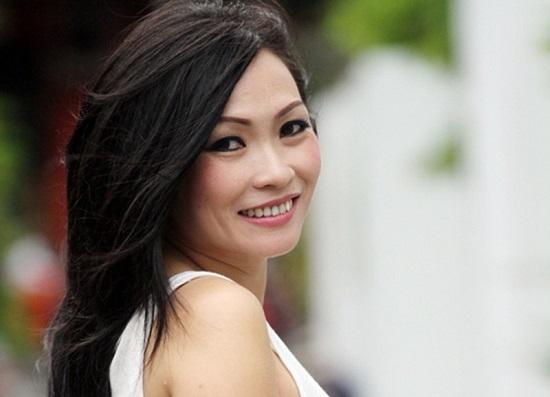 """Phương Thanh sẽ làm việc với sở TT&TT Quảng Ngãi về phát ngôn """"mặt trái của từ thiện"""" - Ảnh 1"""