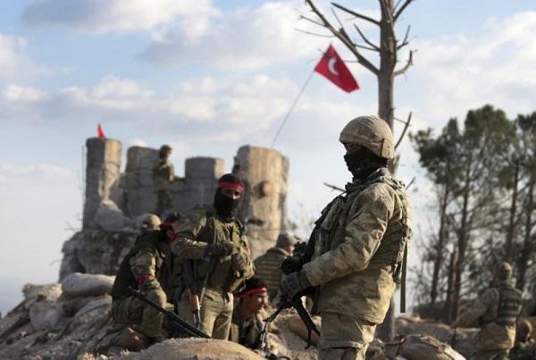 Tình hình chiến sự Syria mới nhất ngày 2/12: Quân đội Thổ Nhĩ Kỳ tăng cường quân đến Tây Bắc Syria - Ảnh 1
