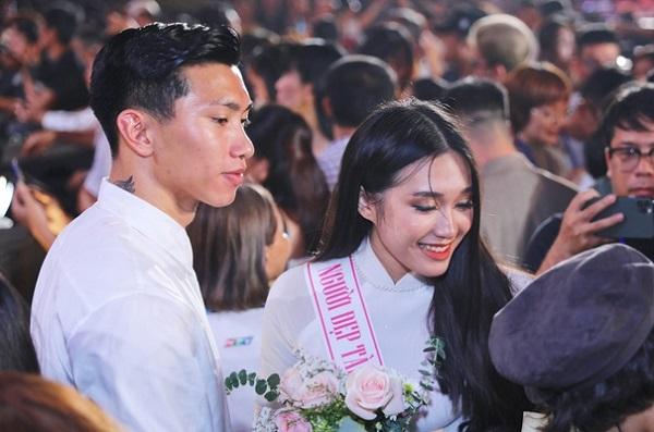 Bạn gái tin đồn của Đoàn Văn Hậu khoe mặt mộc không tỳ vết khiến nhiều người phải xuýt xoa - Ảnh 6