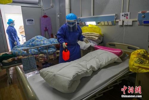 Mục sở thị bên trong bệnh viện chống dịch Covid-19 Hỏa Thần Sơn ở Vũ Hán - Ảnh 8