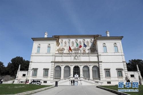 Nhịp sống ở thủ đô Roma ngày đầu Italy phong tỏa cả đất nước vì Covid-19 - Ảnh 6
