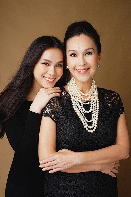 3 cặp mẹ con xinh đẹp và đẳng cấp trong showbiz Việt - Ảnh 1