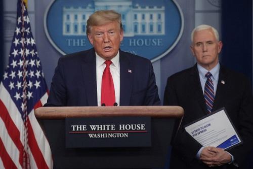 Dịch Covid-19 ở Mỹ: Tổng thống Donald Trump tuyên bố thảm họa tại 3 bang - Ảnh 1