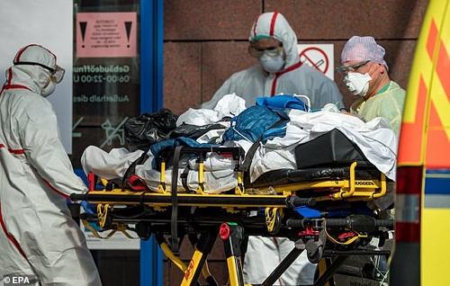 Tình hình dịch virus corona ngày 27/3: Số ca nhiễm trên thế giới đã vượt 520.000 người - Ảnh 2